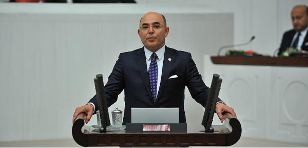 Karakaya: 4 tane Bakanı korumak için Türkiye'yi ateşe attılar.