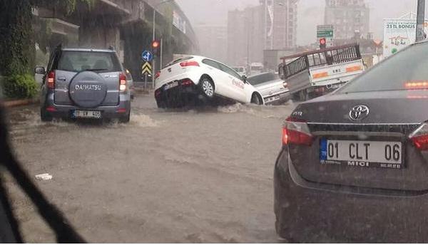 Adana Yağmur'a teslim olmamalı