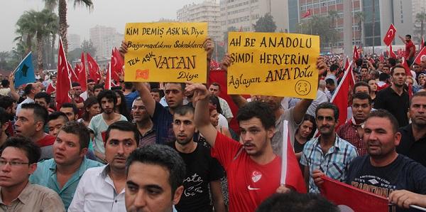 Adana'da Teröre Tepki