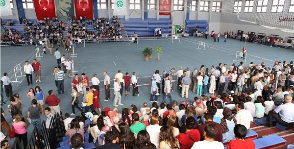 Çukurova Üniversitesi'ne 10 Bin Yeni Öğrenci