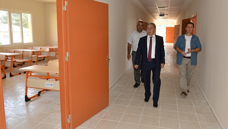 Adana'da Suriyeli Öğrencilere Okul