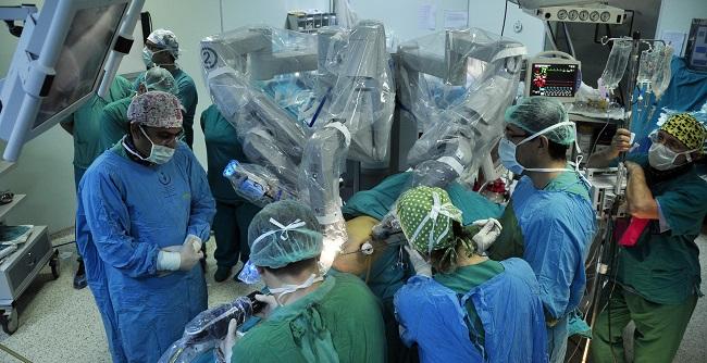 Adana'da Robotik Cerrahi Ameliyatı