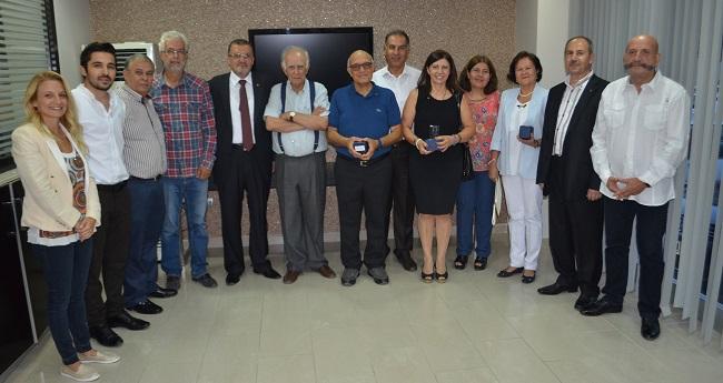 Adana'da Mimarlara Plaket