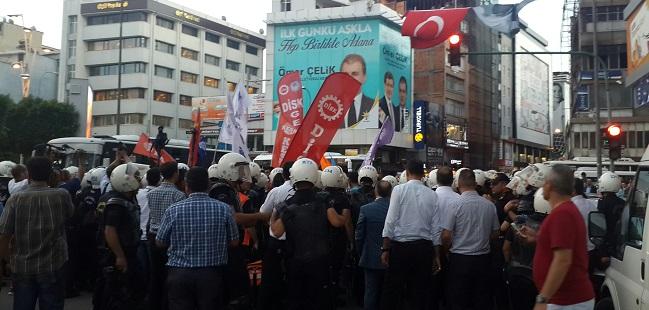 Adana'da Yürüyüşe Gazlı Müdahale