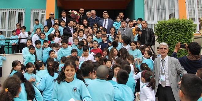 Adanaspor öğrencilerle buluştu