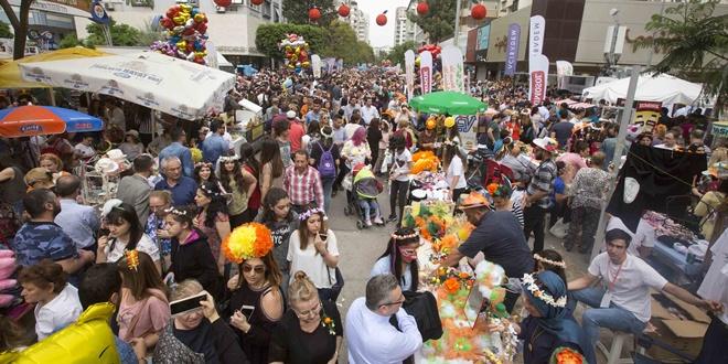 Nisanda Adanada Portakal Çiçeği Karnavalı