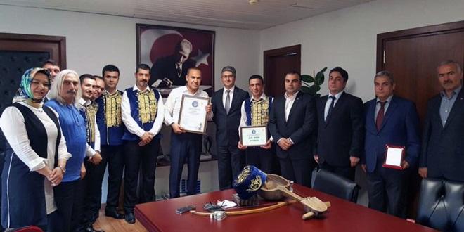 baglama_kazakistan_odul (2)