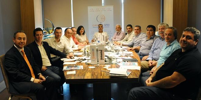 İş dünyasını Adana'ya yatırıma çağırdı