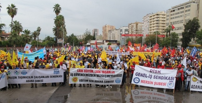 Adana'da Laik Eğitim Mitingi