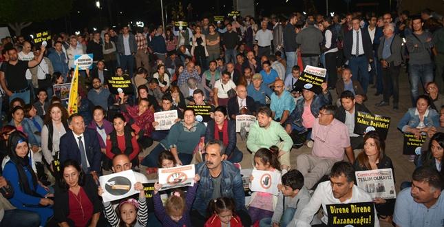 ADANA'DA PROTESTO ETTİLER