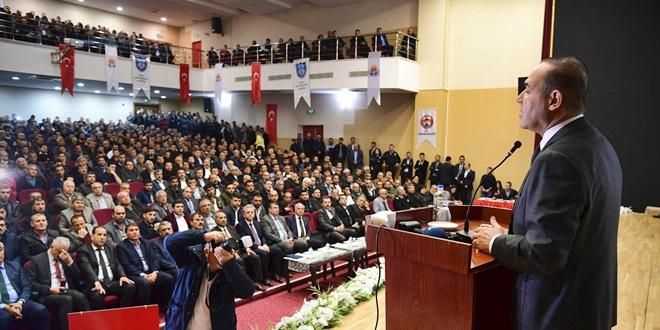 """TOPLU TAŞIMA SÜRÜCÜLERİNE """"NEZAKET""""EĞİTİMİ"""