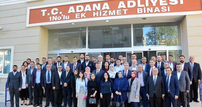AKP'DE YENİ VE YÖNETİMİ MAZBATA ALDI