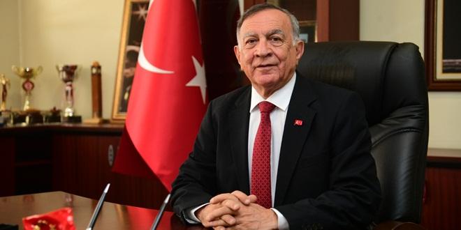 """""""EVDEKAL""""ANLARA SPOR EĞİTİMİ, TİYATRO GÖSTERİMİ"""