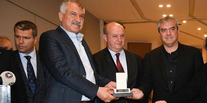 CHP'Lİ KARALAR: YÖNETENLER OBJEKTİF BASINDAN KORKMAMALI