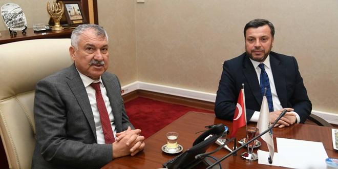 AKP'Lİ BAŞKANDAN CHP'Lİ BÜYÜKŞEHİR BAŞKANINA ZİYARET