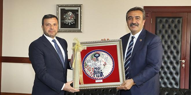 SONER ÇETİN'DEN KOCAİSPİR'E ZİYARET