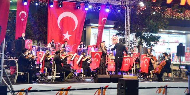 """""""ATATÜRK'ÜN SEVDİĞİ ŞARKILAR """"29 EKİM'DE M1 ADANA'DA"""